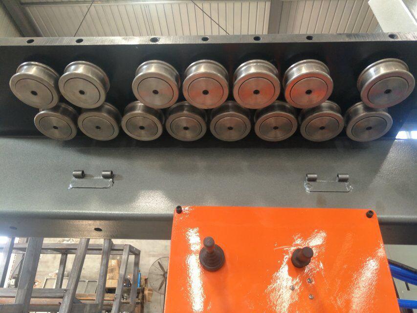 CNC 스틸 바 벤딩 머신